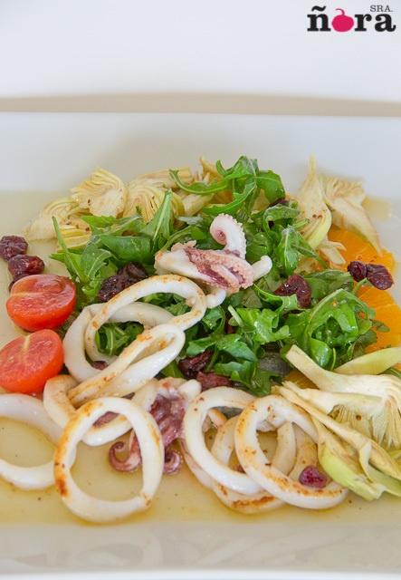 Ensalada de calamar con alcachofa y vinagreta de citricos