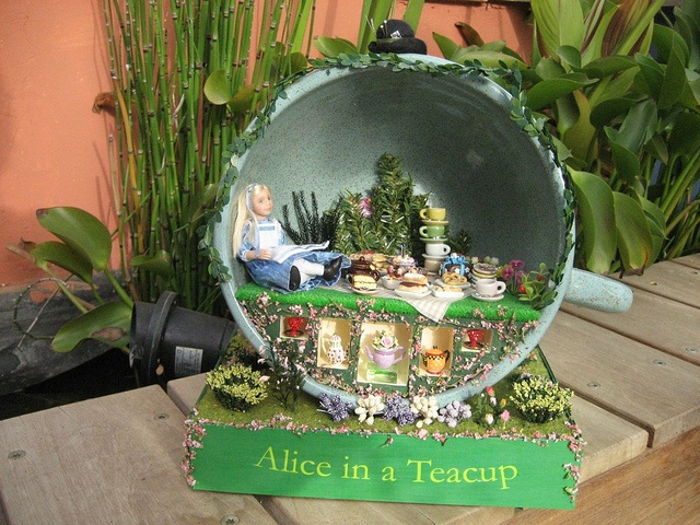17 Best Images About Miniature Alice In Wonderland On Pinterest Miniature Tea Parties And