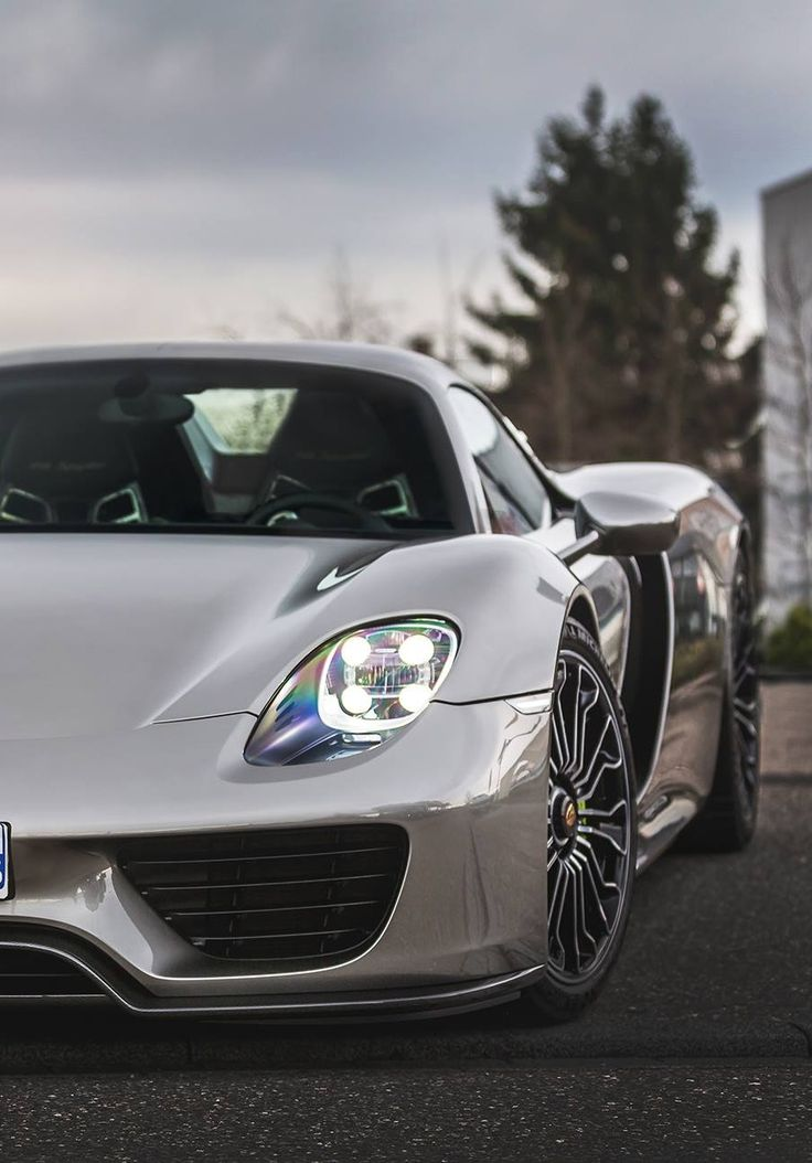 Porsche 918 Spyder #SpinoutDay Would you like to make an extra $2,500 to $50,000 PER MONTH by handing out a phone number? Visit http://wealthwithstanley.com/ for more details.