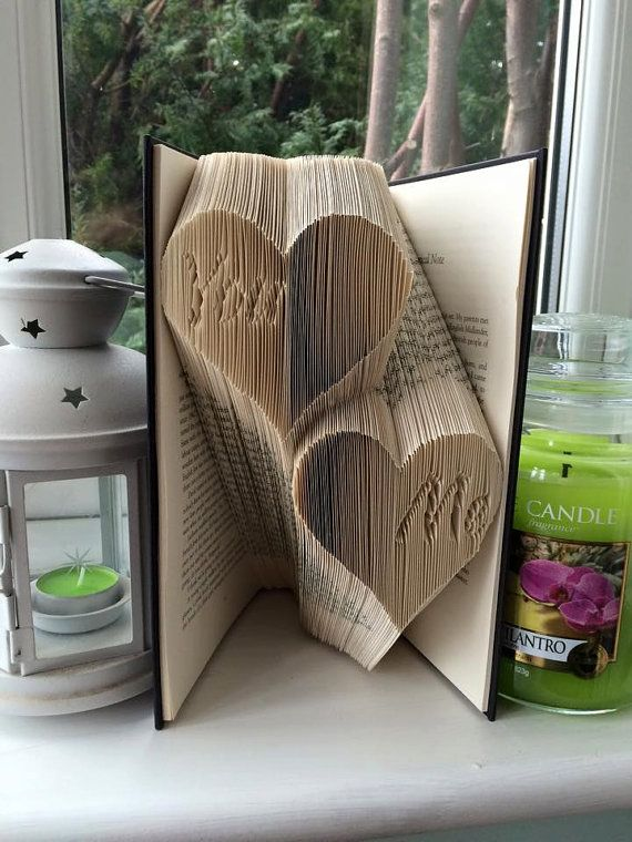 Book folding pattern for You Me in hearts par BookFoldingForever