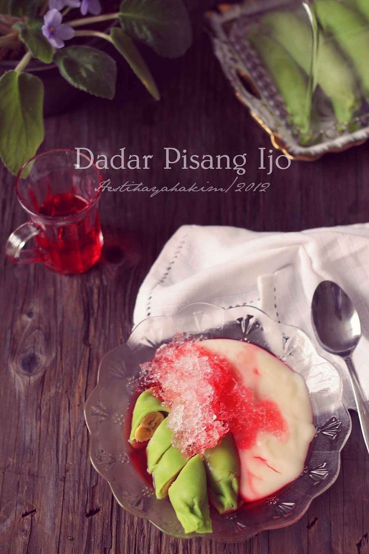 HESTI'S KITCHEN : yummy for your tummy: Dadar Pisang Ijo