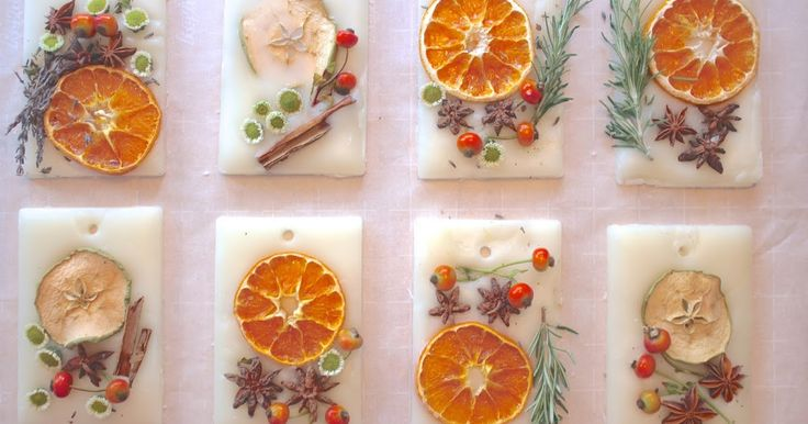 I have seen so many beautiful wax sachets on pinterest,    also called Rosy Rings Wax Sachets.   My friend, Mary made some Spring sac...