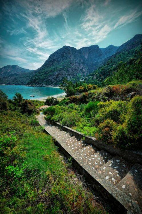 Chance & Apartment 34 Inspiration : Greece (Island of Samos)