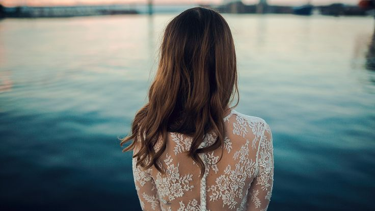 Beautiful back detail on Tara's lace gown