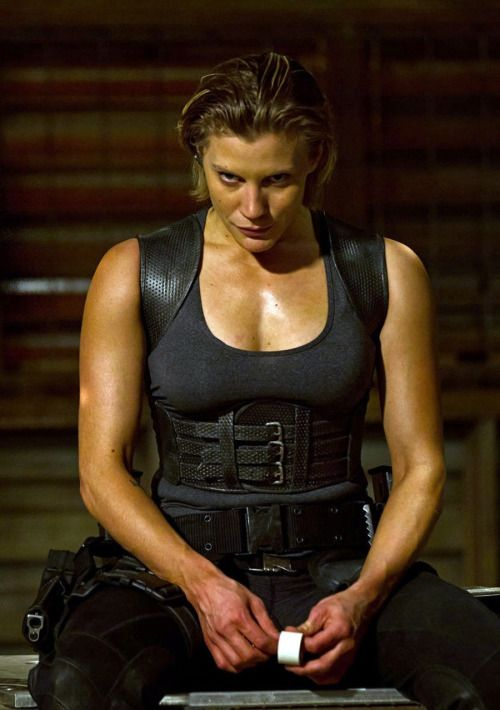from Riddick Katee Sackhoff as Dahl (dir. David Twohy 2013)