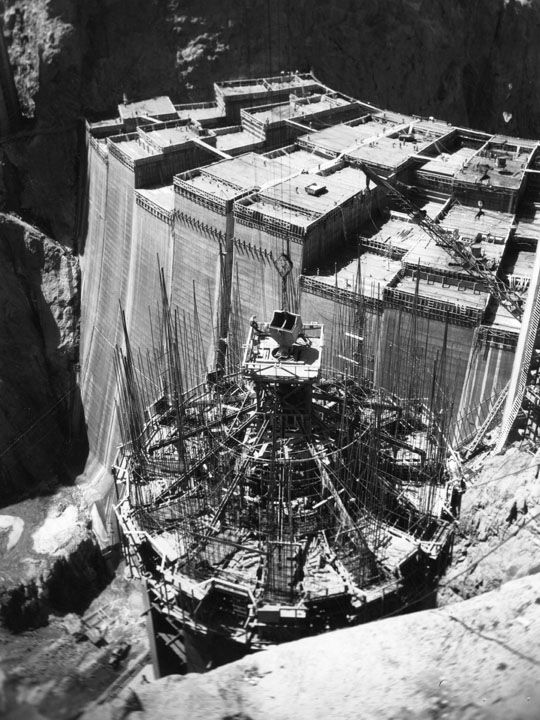 Hoover Dam....amazing scale