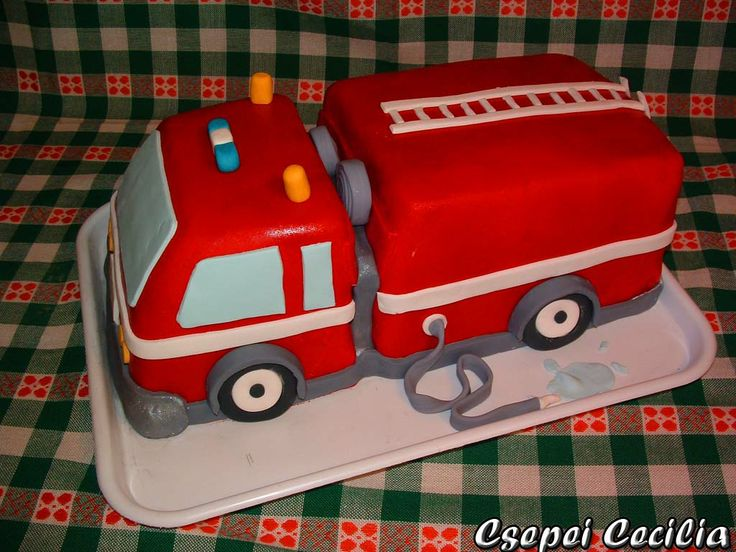 Cake Decorating How To Make Fire : Fire truck cake #firetruck #idea Cake Decorating Pinterest