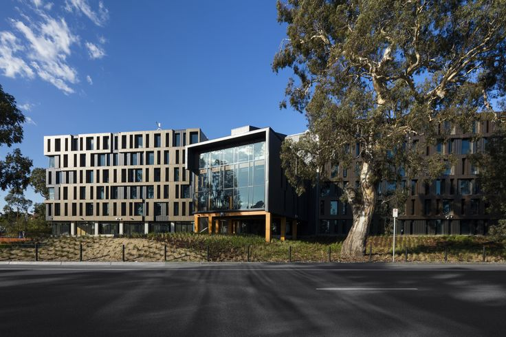 Image 1 of 40 from gallery of RMIT Bundoora West Student Accommodation / RMA. Photograph by Dianna Snape