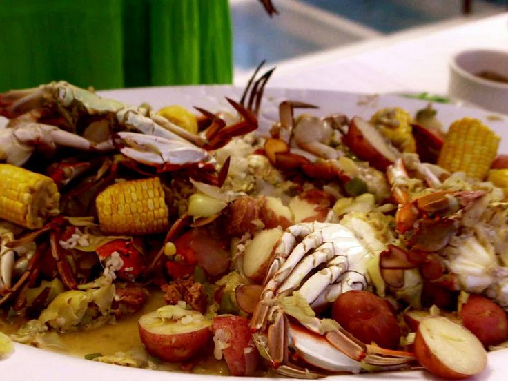 Guy used Outer Banks crabs and fresh, local produce in the Crab Boil he prepared during his family reunion to the Outer Banks.