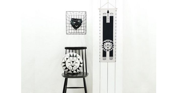 Put a roar into measuring up with the Lion Growth Chart from Anny Who #AnnyWho, #Decor, #HeightCharts, #Keepsakes, #Monochrome, #Scandinavian
