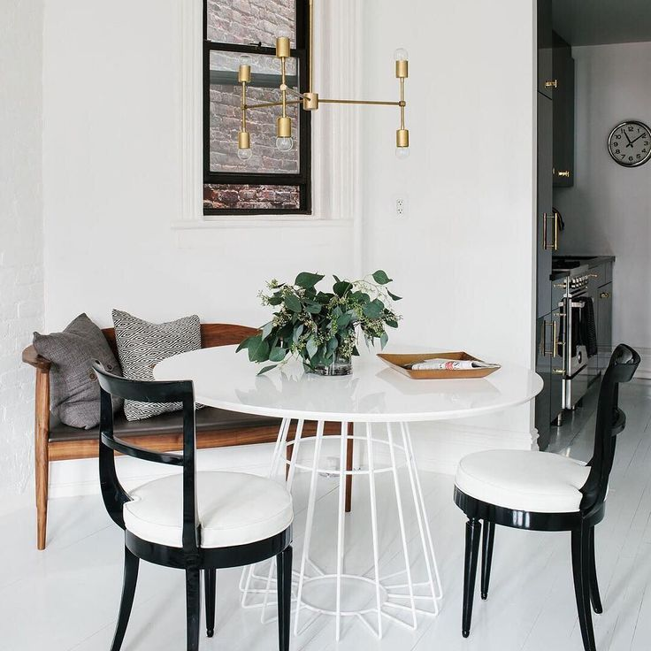 Dining Room On A Budget: Best 25+ Budget Living Rooms Ideas On Pinterest