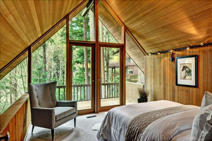 Craftsman Master Bedroom with picture window, Pro Track Black 150 Watt 3-Light Low Voltage Track Kit, flush light, Carpet