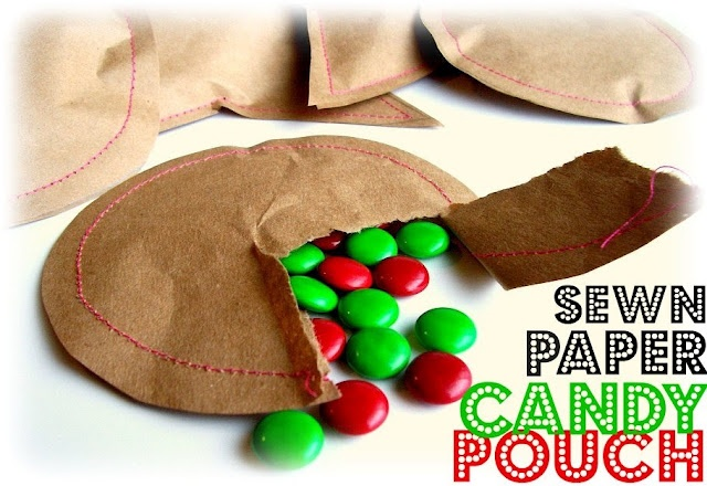 kraft paper sewn to hold a cookie or candy.: Candy Pouch, Gifts Ideas, Sewn Paper, Peppermint Plum, Parties Favors, Small Gifts, Stockings Stuffers, Paper Candy, Sewing Machine