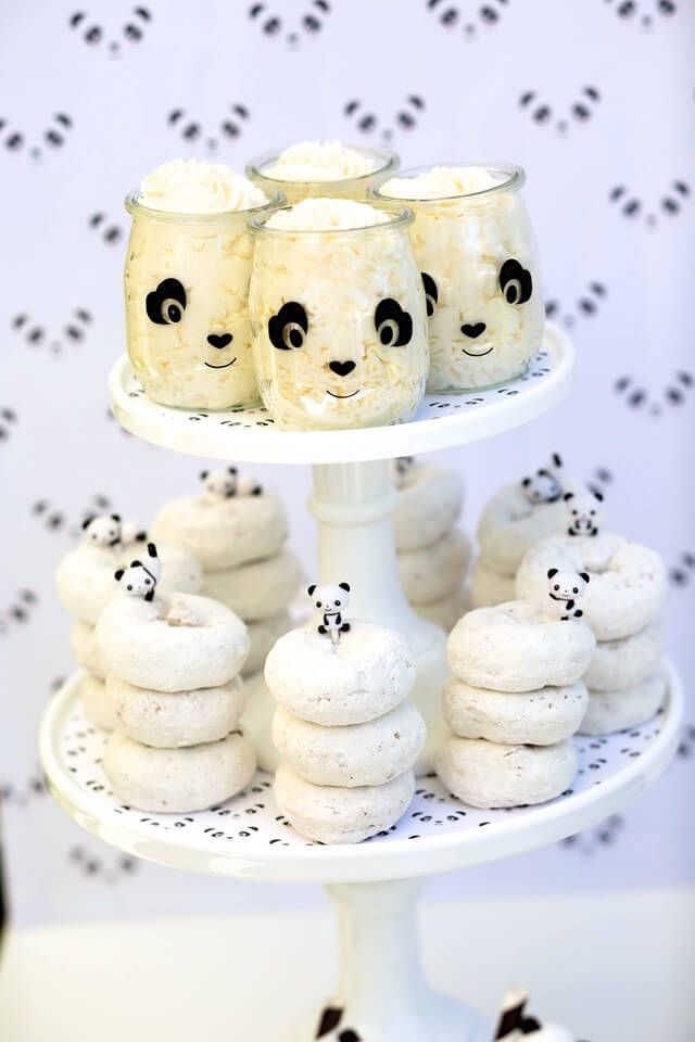fiesta-infantil-de-panda-para-los-cumpleanos-aperitivos-mesa-dulce