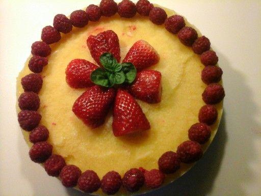 Torta crudista con mango
