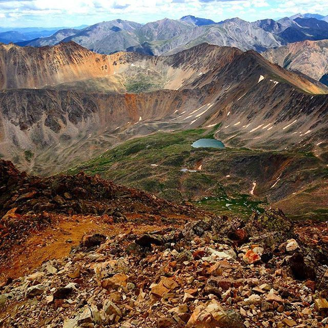 Photo by jdbrungardt Throw back to hiking 14ers last summer. #greattimes #greatfriends #hiking #adventure #coloRADo #coloradobeauty #14ers #Mountains #nature #tbt #hashtag