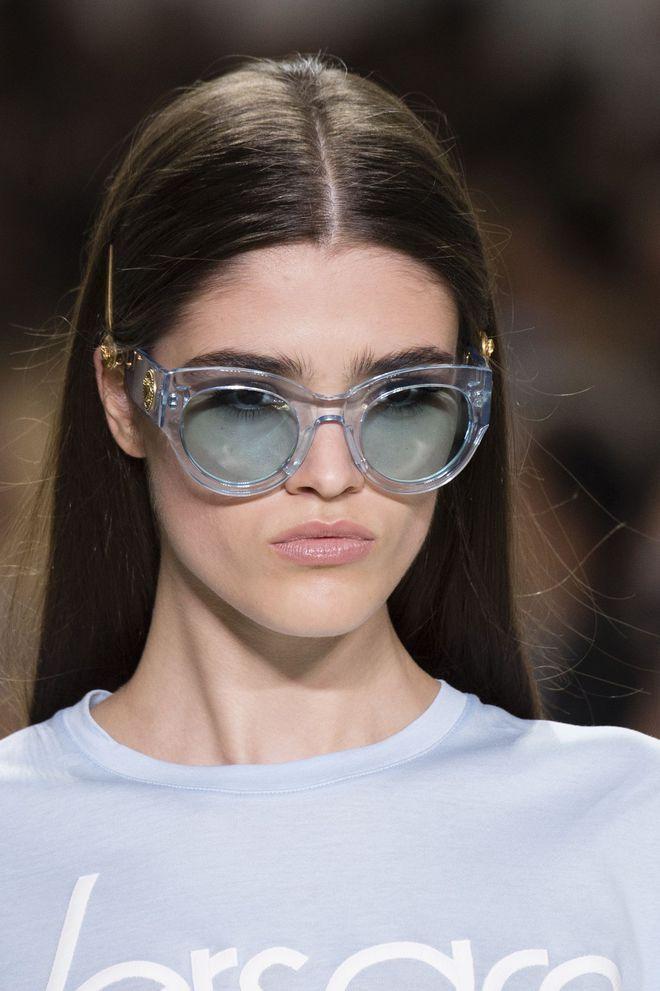 24f043cb0b Lunettes de soleil femme: tendances été 2018 | fashions | Lunettes ...