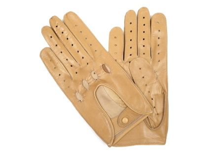 These gloves are made of sand brown soft lambskin, in a classic design and a leather dressed snap at the wrist.