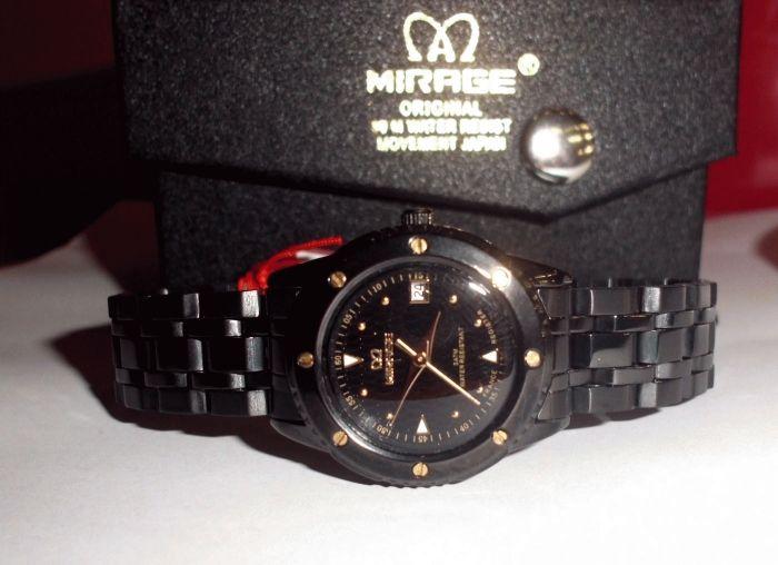 Mirage Full black - ladies  Bahan stainless steel Type:Jam tangan wanita Diameter +-2.5cm Date aktif Water resistent  Original,Garansi 6 bulan  Paket: - 1 buah jam tangan - Box - Kartu Garansi  Harga : Rp. 230.000