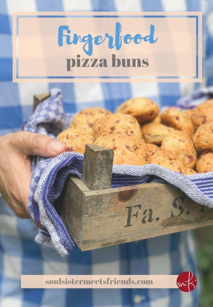 Fingerfood: herzhafte Pizza-Brötchen fürs Party-Buffett
