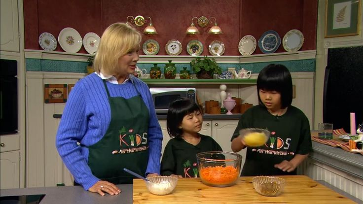 29 best images about cooking shows on pinterest cooking mike d 39 antoni and julia childs - Julia child cooking show ...