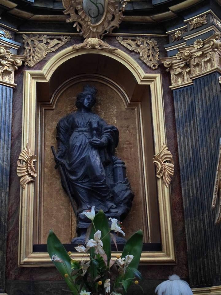 St. Barbara from Karczówka church, sculpted in one nugget of lead ore - 1646 r. (fot. Krystyna Jarosławska)