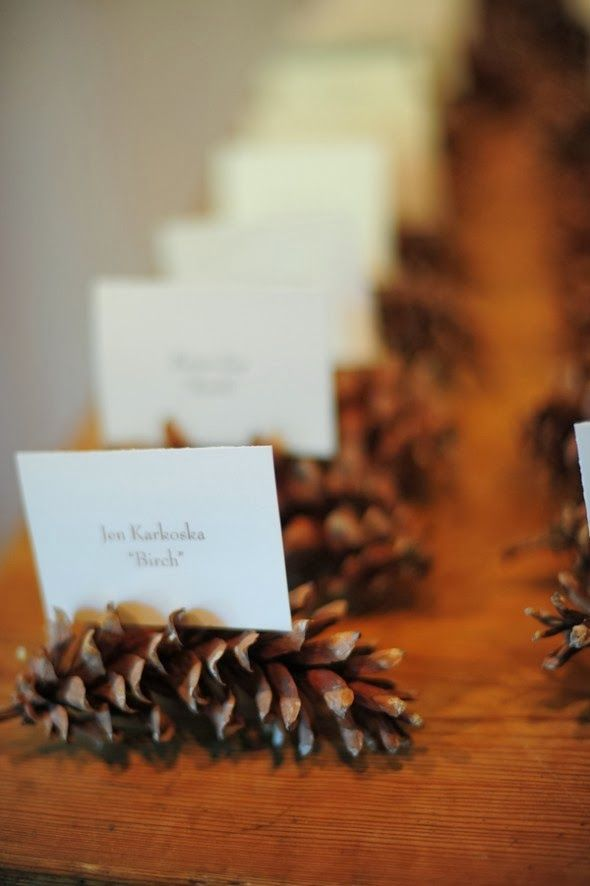 Rustic Wedding Place Card Holder. http://memorablewedding.blogspot.com/2014/01/beautiful-wedding-table-decoration-ideas.html