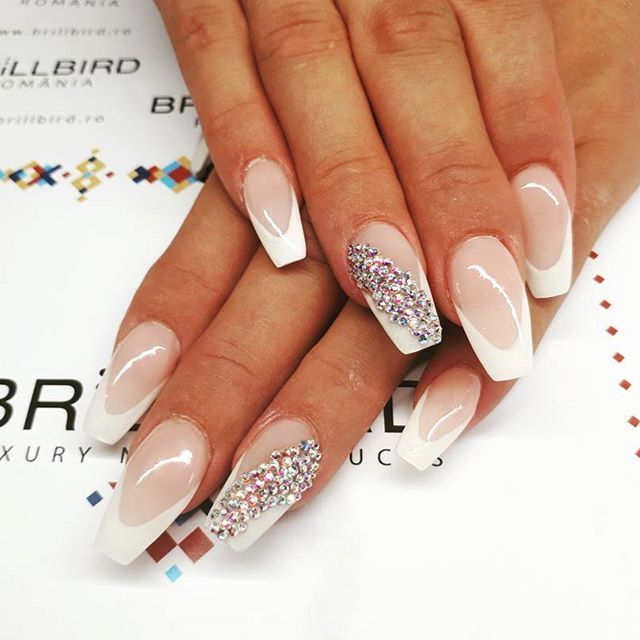 Classic. Feminine with a little extra #glam ♀  #nails #nailsofinstagram #instanails #instanailsart #nailart #lovenails #lovemyjob #longnails #coffinshape #coffinshapenails #frenchnails #frenchnailswag #whitefrench #brill #coverbuilder #gelnails #zodiacstones #auroraborealis #brillbird #brillbirdromania #brillbirdnails #brillbirdhungary