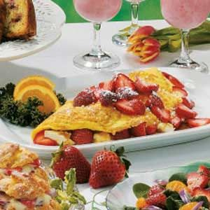 Strawberry Bliss Omelet. Delicious way to enjoy your omelet in the morning :) www.Mydietfreelife.com