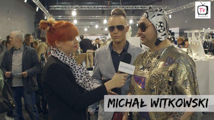 Podczas Fashion Weeka w Łodzi zapytaliśmy Michała Witkowskiego o jego styl i to, co ma na sobie. Sprawdźcie co nam powiedział!  Zobacz >>> https://www.youtube.com/watch?v=q3v53VnFD9c
