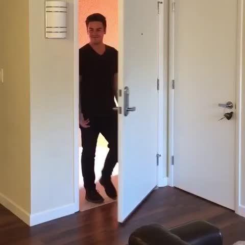 #codykodancingtorandommusic flip flops (Cody Ko )