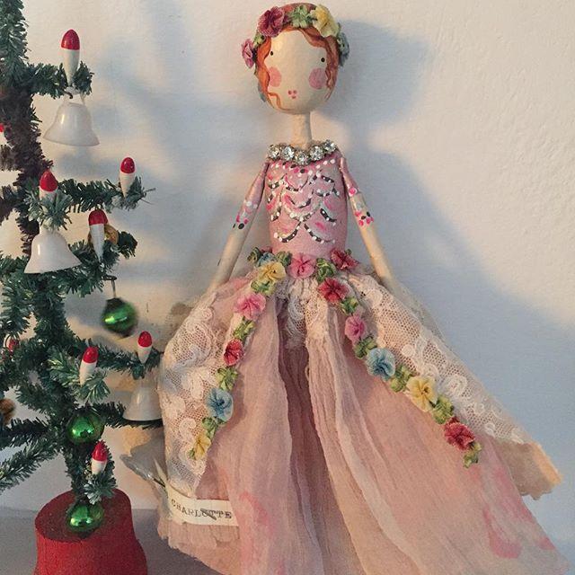 ⭐️SOLD Miss Charlotte #themagpieandthewardrobe #magpieandthewardrobe #sammckechniedolls #christmasfairy