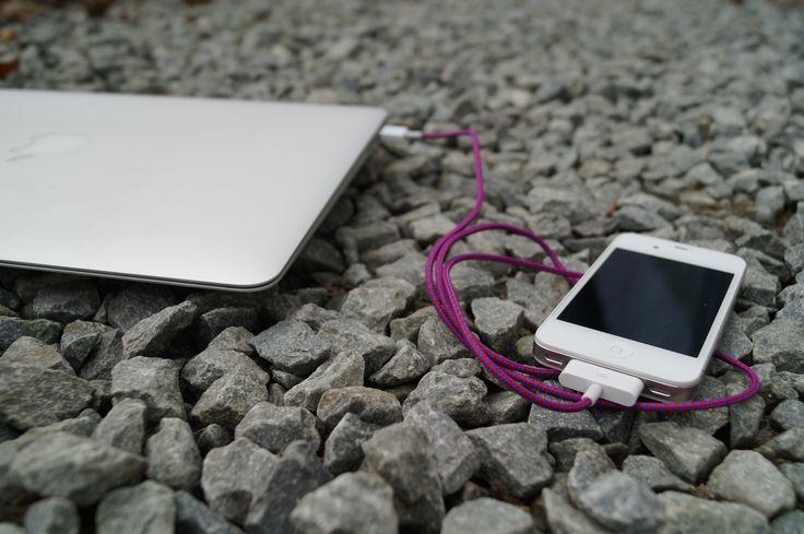 Kolorowe kable USB iPhone 4 w tekstylnym oplocie