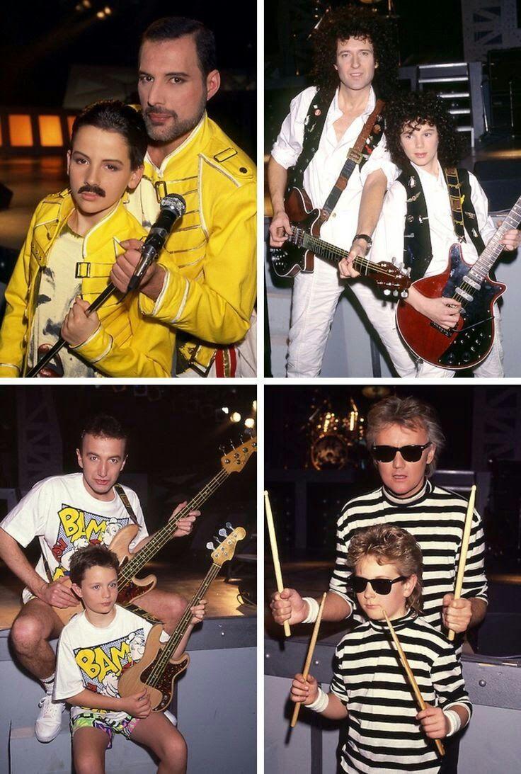 Queen And Mini Queen Queen In 2019 Freddie Mercury King Of