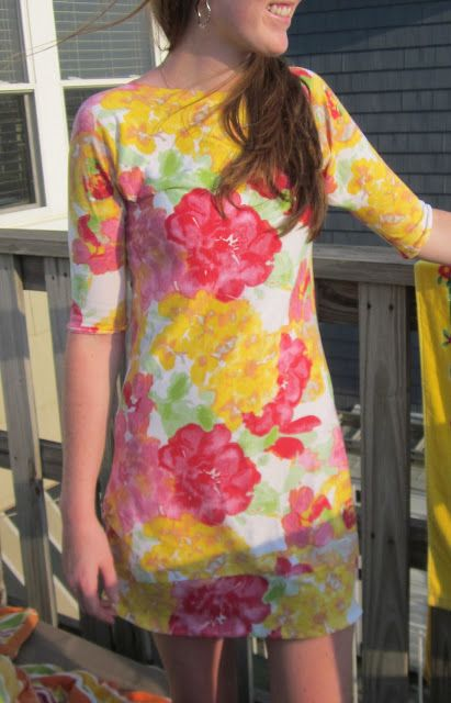 DIY Sew: 1 yard Knit Dress