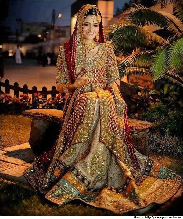 10 dupatta drape styles for Pakistani brides is new collection of styles for brides to wear her du...