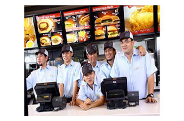 This is the Parokya ni Edgar doing a commercial endorsement for Jollibee, the best Filipino fastfood chain. #ParokyaniEdgar