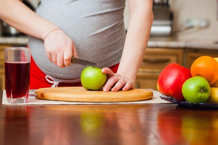 Vegan ernähren während der Schwangerschaft? Ein Erfahrungsbericht und viele nützliche Tipps, Links und Buchempfehlungen einer veganen Mutter.