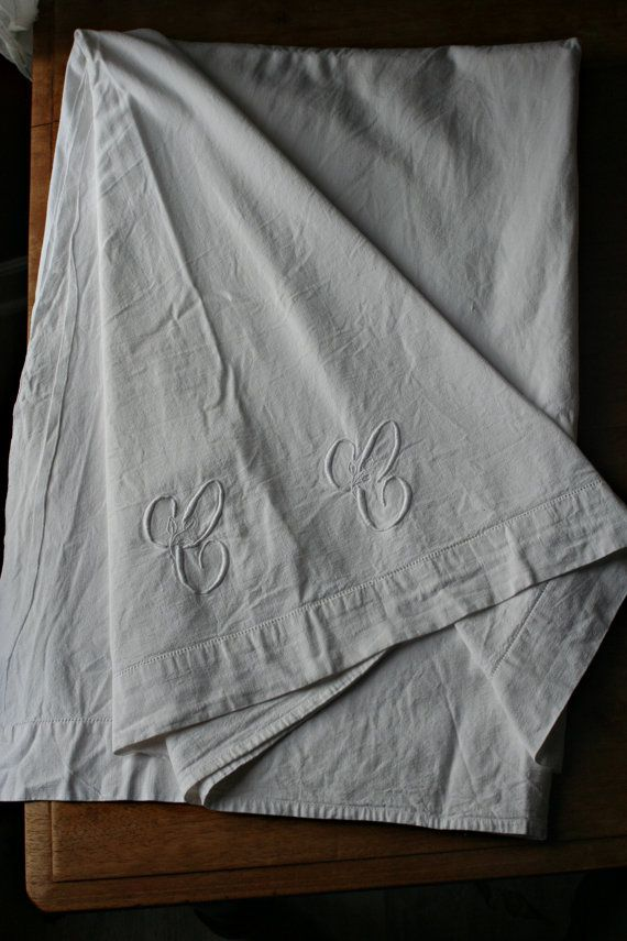 French Provincial Vintage Linen Embroidered by FromParisToProvence, €55.00