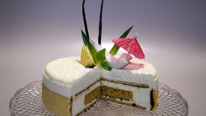 pina colada taart (redelijk wat werk, wel erg lekker.... room ingedikt met custard)