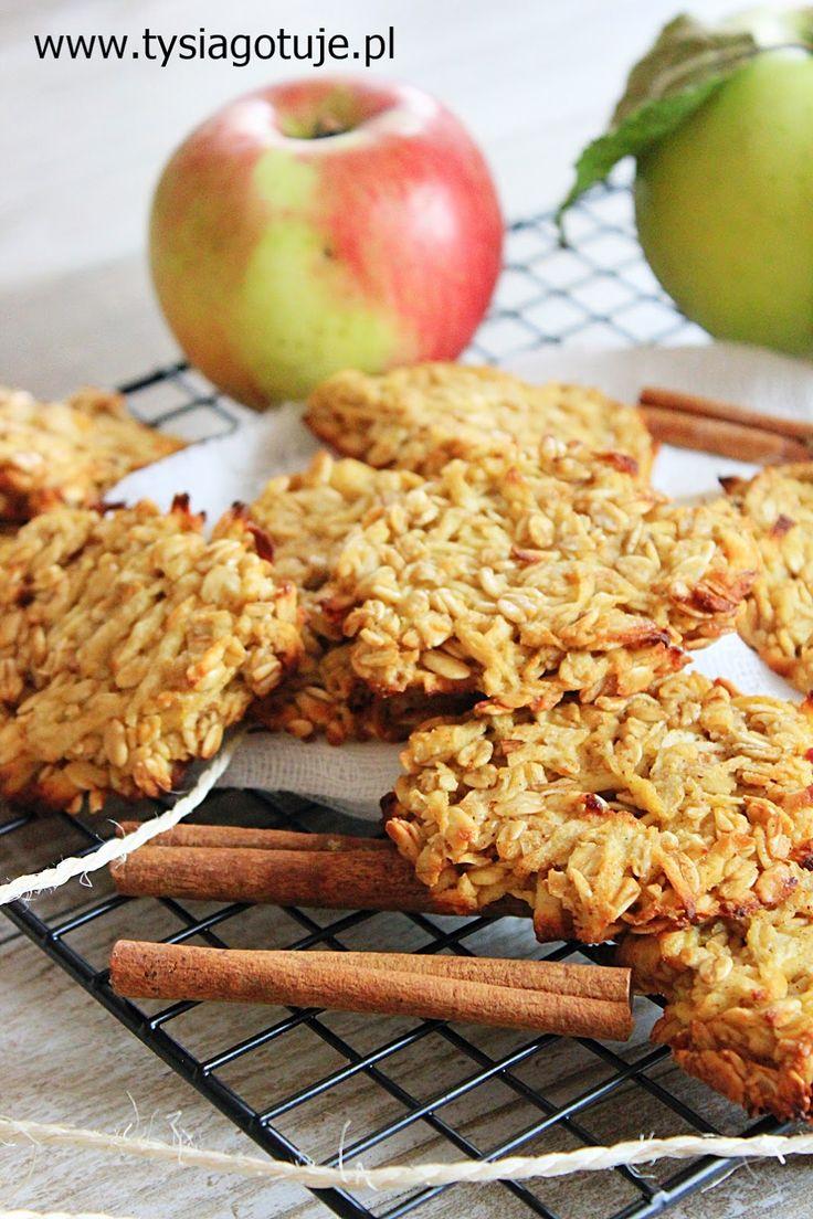 Dietetyczne ciastka owsiane z jabłkiem i cynamonem | Tysia Gotuje blog kulinarny