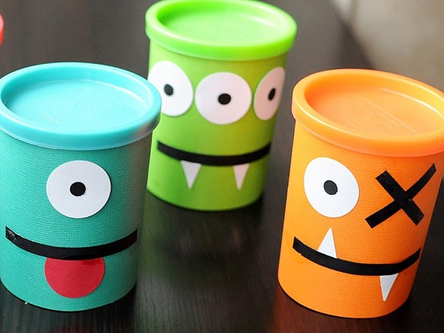 Great DIY party favor for a monster themes kids birthday party! Easy to make and super cool.