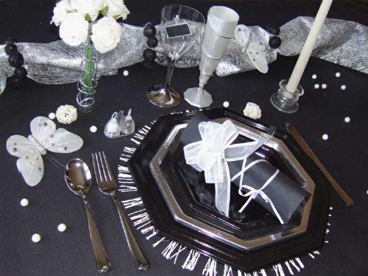D coration de table chic noire argent d coration de for Deco table noel argent et blanc