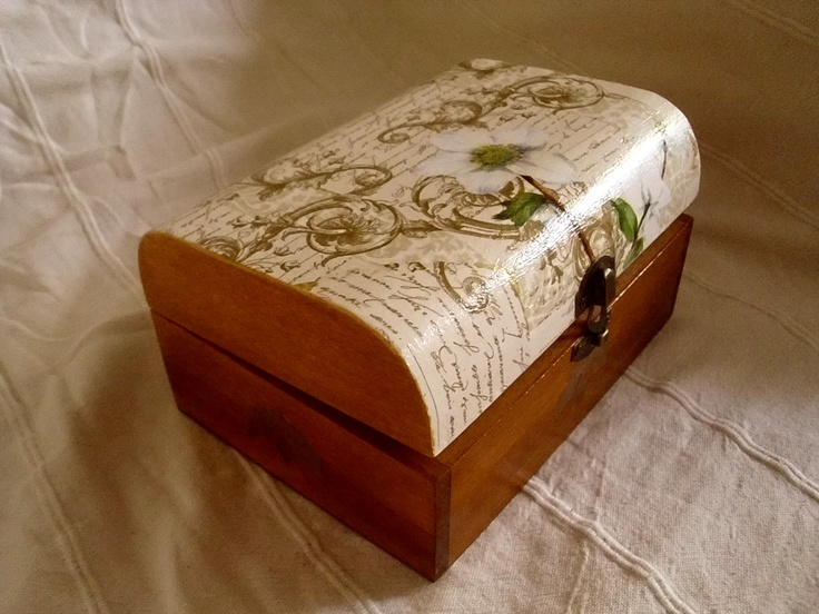 box for jewels or memories :)