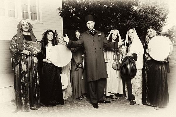 İlk Türk tiyatrosu olan Güllü Agop Tiyatrosu - First Turkish theater: Güllü Agop