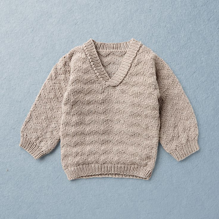 ALFRED  KNIT KIT for V neck pullover in wave pattern with long sleeves