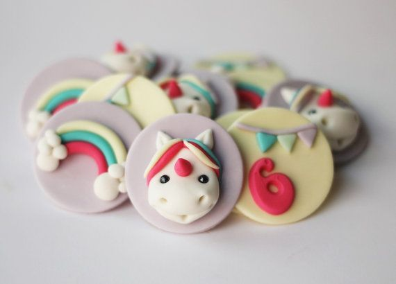 Topper de Magdalena de fondant unicornio - top de unicornio Magdalena - fondant de arco iris - grupo de cupcake topper - grupo de arco iris - unicornio - fondant - fondant