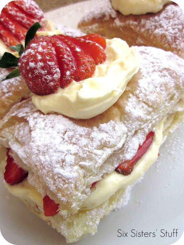 Easy Strawberry Napolean Recipe. A Heavenly Pastry!: Easy Strawberries, Fun Recipes, Napoleon Recipes, Strawberries Napolean, Six Sisters, Napolean Recipes, Strawberries Napoleon, Puff Pastries, Dinners Ideas