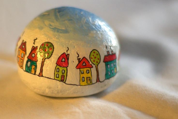 Paperweight (painted stone) (1)