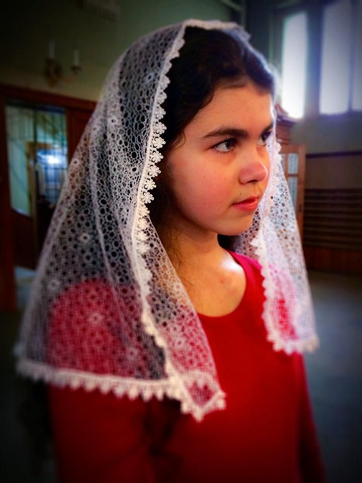 Holy Communion Veil, White Church Veil, White Mantilla, First Communion Veil, Chapel Veil for Mass, White Veil for Girls, Communion Mantilla
